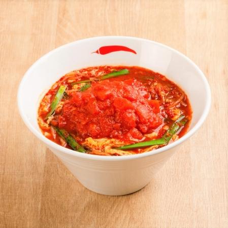 一輪 トマト辛麺レギュラー(イメージ)