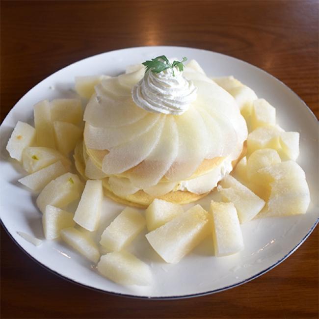 「梨パンケーキ」