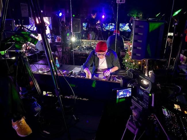 スペシャル DJセット「Very Merry Xmas from FPM」  世界的なダンスパフォーマーKento Moriも緊急参戦!