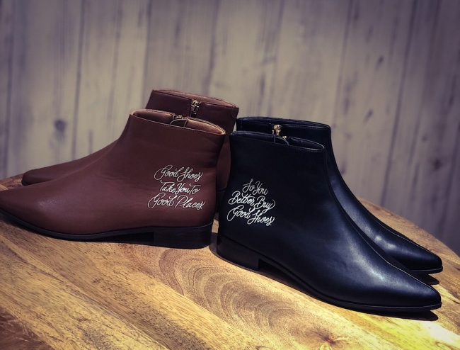 左:Good shoes take you good place - 『 良い靴は良い場所に連れてってくれる。 』 右:to you Better buy good shoes - 『 だから良い靴を買った方がいい。 』 ブーツ 税抜¥8,900