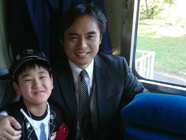 小学5年生の坂井利優(さかい かずま)君と、高橋 竜(たかはし りゅう)