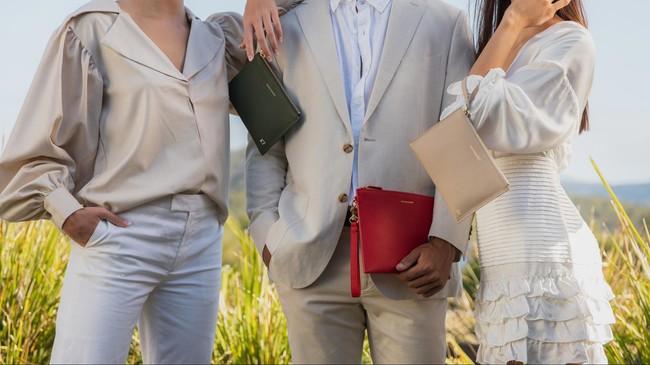 パーソナライズレザーブランド MAISON de SABRE「自分らしさ」に合わせて選べるクラッチバッグが新登場。:時事ドットコム
