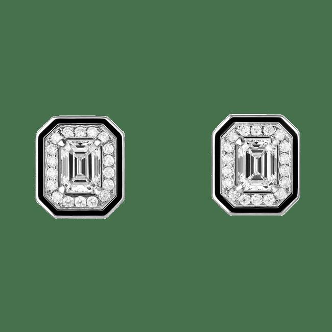 「ヴァンドーム リズレ」スタッズイヤリング 1,236,364円(WG, ダイヤモンド, センターストーン0.3ct、ブラックラッカー)