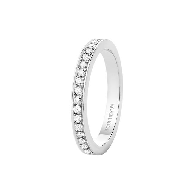 「BELOVED ビーラブド リング ハーフパヴェ」 PT ダイヤモンド ¥410,000(税抜)