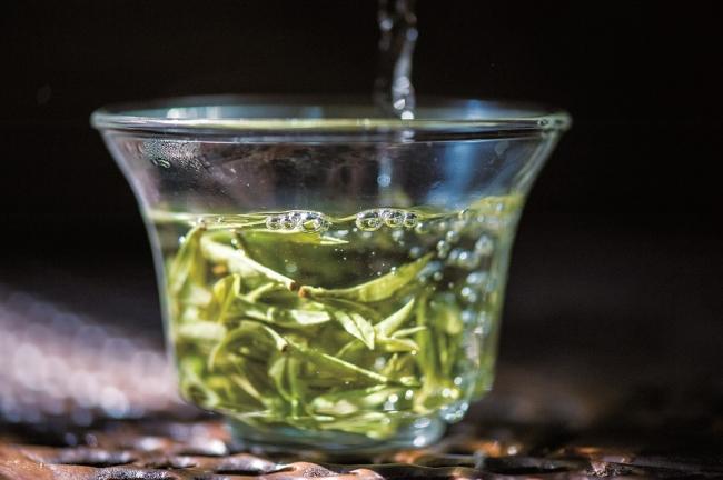 お土産としても人気の龍井茶