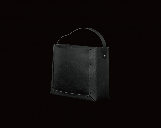 BLACK LEATHER ANY BOX(HAND BAG TYPE)/落ち着いた佇まいの黒革のANY BOX