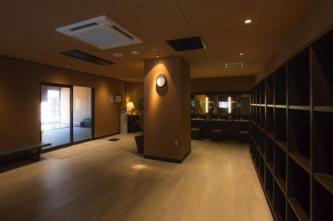 換気モニターを設置する大浴場脱衣室のイメージ