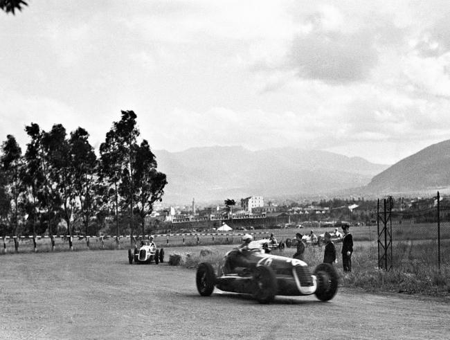 タルガ・フローリオでの4連勝から80年マセラティ MC20プロトタイプの ...