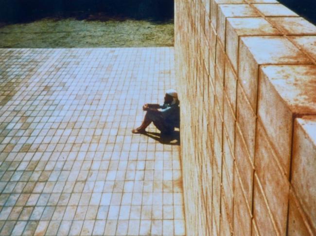 『ひなたぼっこの空間』 標準時子午線が通る地点で「秋分の日に、一日、自然に耳を澄ます」サウンド・プロジェクト。