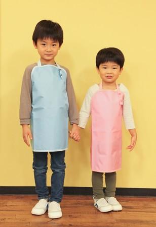 左:5歳、113cm 右:3歳、99cm