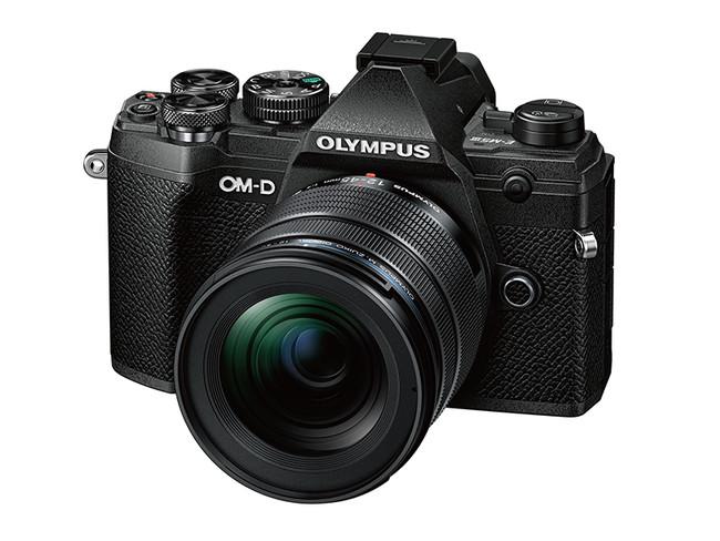 「OM-D E-M5 Mark III 12-45mm F4.0 PROキット」(ブラック)
