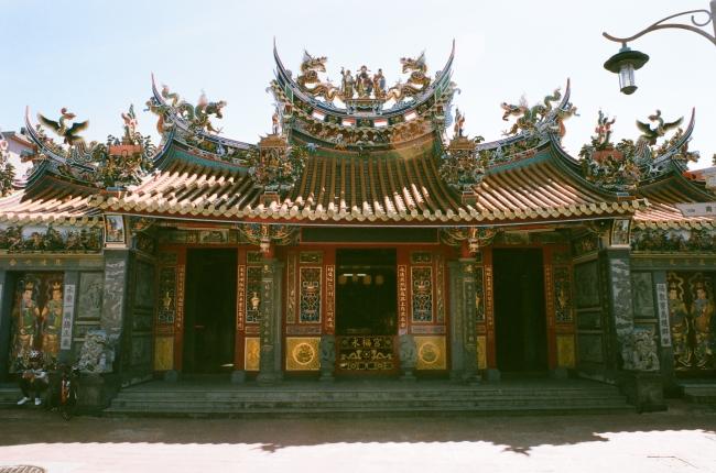 桃園龍潭三坑老街の永福宮(ヨンフーゴン)(画像提供:ロマンチック台三線芸術祭)