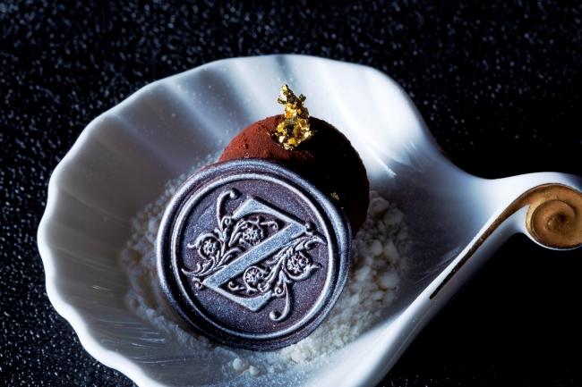 ▲トリュフの芳醇な香りがするボンボンショコラ