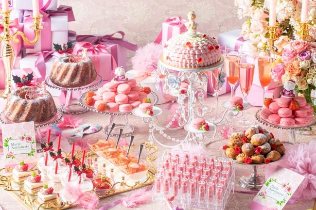 ▲マリー・アントワネットをイメージしたピンクのスイーツ