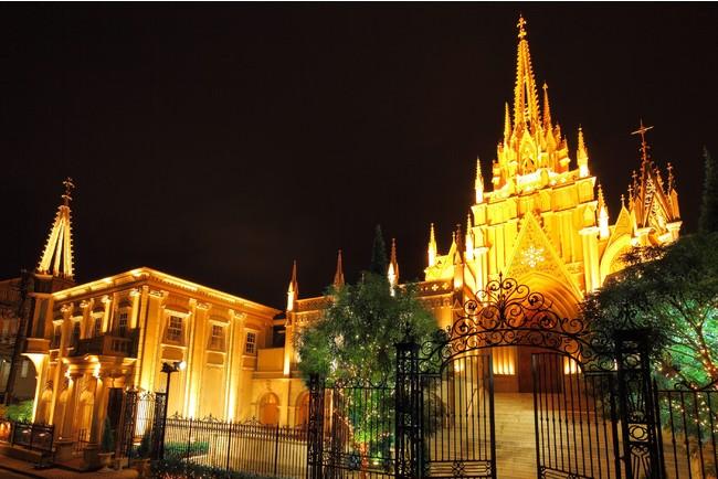 青山セントグレース大聖堂 外観