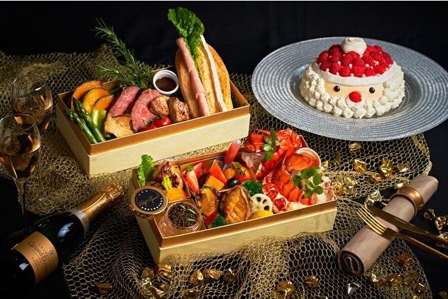 LUXEテイクアウト料理イメージ(イタリアンディナーコース2名分とクリスマスケーキ)