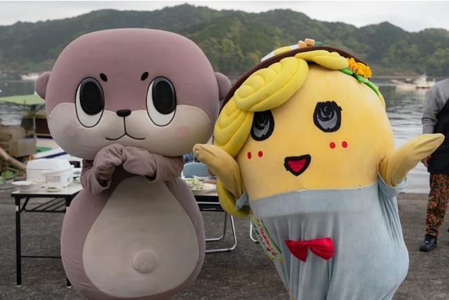 高知県須崎市 しんじょう君とツーショット