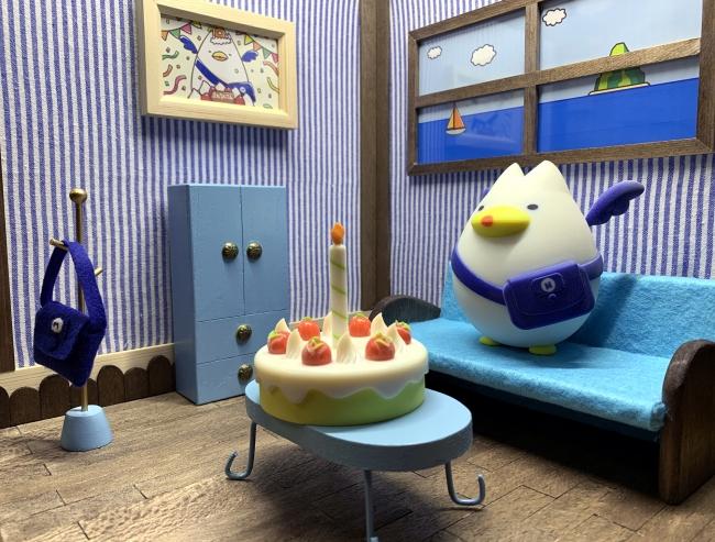 フルカラー3DプリンタJ850造形:「えむえむさん」と「バースデーケーキ」