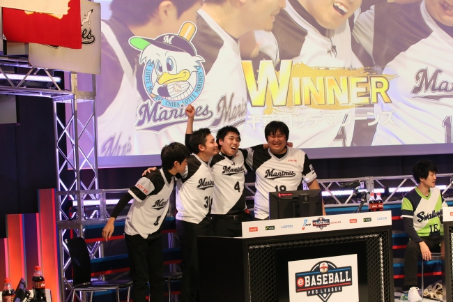 2日目:第8試合:ロッテ(町田和隆)× ヤクルト(藤本洋介) (C)Nippon Professional Baseball (C)Konami Digital Entertainment