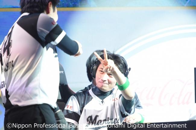 ロッテ、キャプテン下山選手(eクライマックスシリーズの写真)