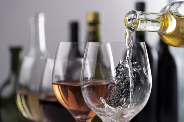 寺本清子さんセレクトの美味ワインを堪能