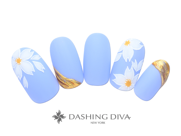 青空に咲き誇る桜はマットコートと部分ミラーでオシャレに