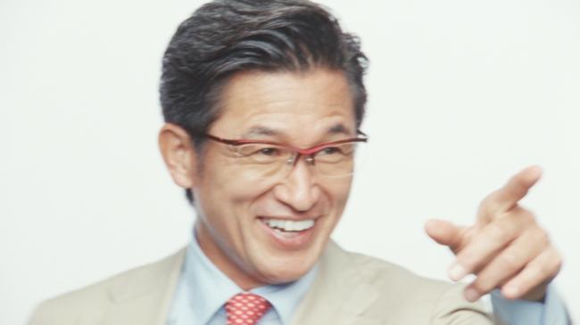 プロサッカー選手の三浦知良さんを新CMキャラクターに起用。新TVCM「i ...