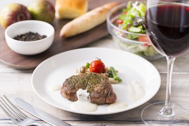 静岡県産のお茶でマリネした国産牛のステーキ