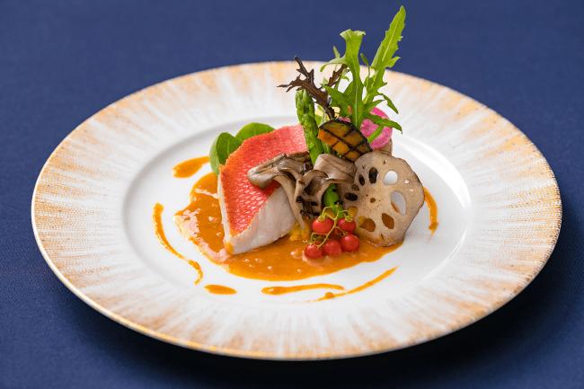 薩摩フレンチコース 恵風(けいふう) 金目鯛のヴァプール 魚介のクリームソース 季節野菜のグリル