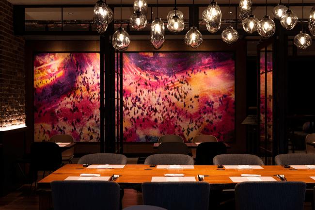 Bar & Dining 「TORRENT」ダイニングスペース