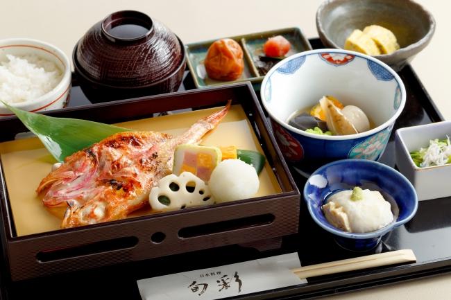日本料理「旬彩」 和朝食