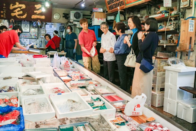 80年の歴史を誇る老舗の鮮魚店「三宅水産」