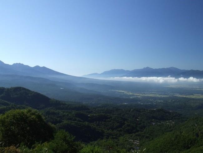 八ヶ岳、南アルプスの向こう静岡県から蓼科へ