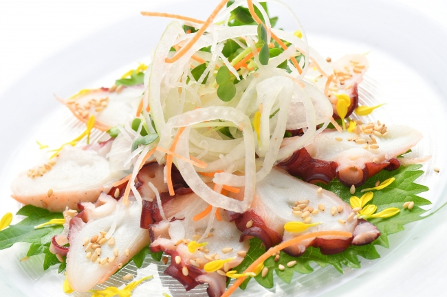 北海道産水蛸の酢ダコ刺し 900円