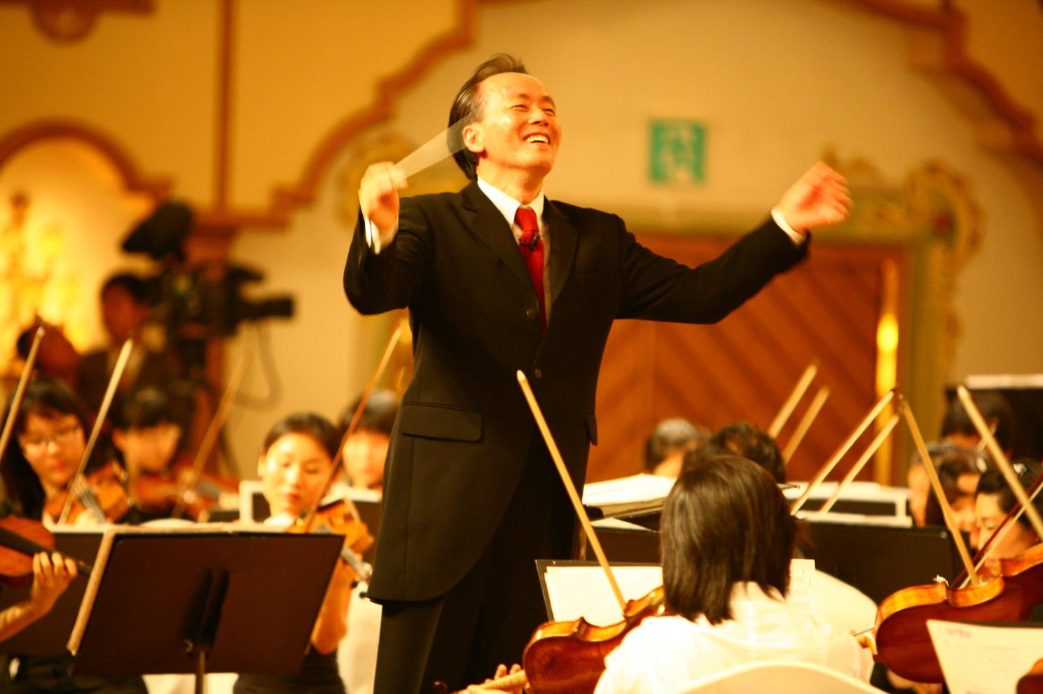 main image 【済州新羅ホテル】韓国の著名指揮者 クム・ナンセが解説する室内楽の音楽祭「