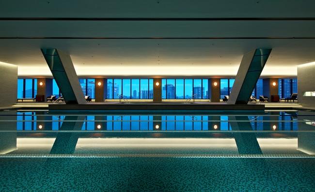 25m×5レーンの温水プール