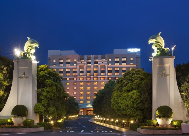 ホテルオークラ東京ベイ外観夜景