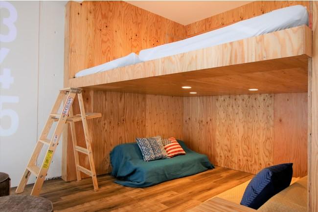 2段ベッドはゆったり4人が就寝できるサイズ。