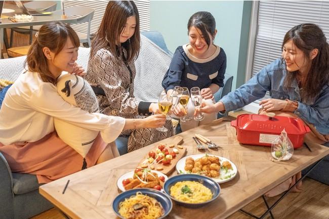 お部屋にはBRUNOなど充実の調理器具をご用意。 ※食材はお持ち込みください。
