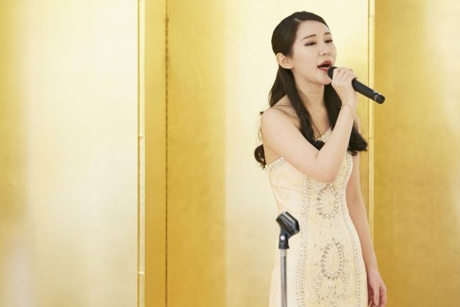 中国C-POPを日本語カバー曲で普及活動している歌手の雪儿さん