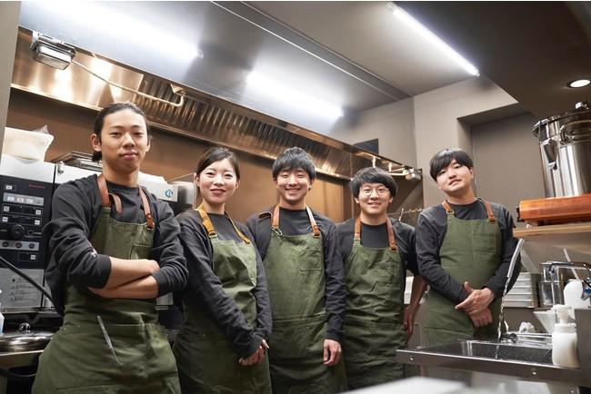 料理人や研究者など多様なメンバーが集う