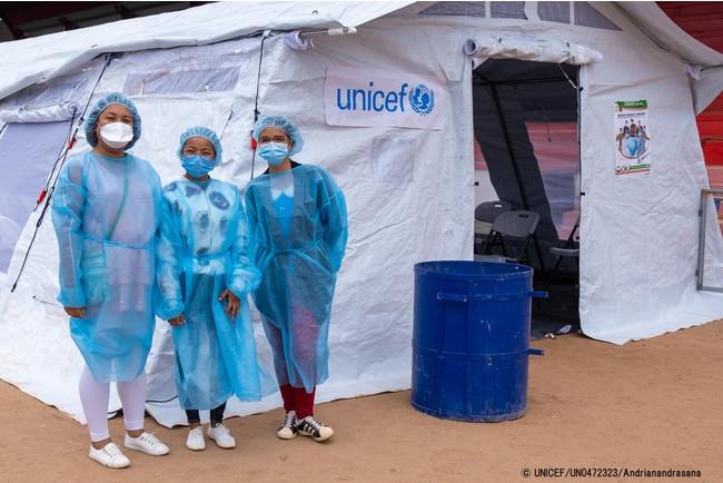 アンタナナリボに開設したCOVID-19の予防接種会場。(マガがスカル、2021年6月1日撮影) (C) UNICEF_UN0472323_Andrianandrasana