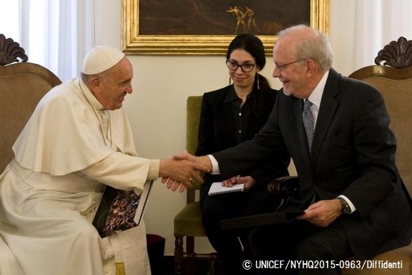 ユニセフ事務局長とローマ法王が...