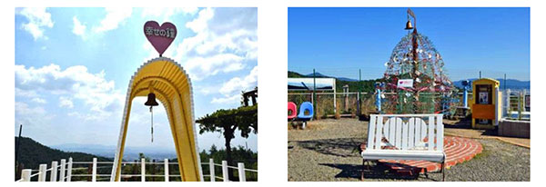 (写真左)しあわせの鐘 (写真右)キーツリーとベンチ