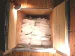 (3)【氷室に氷を運搬・貯蔵】