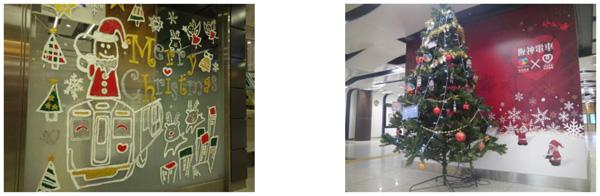 (左)駅長室ガラス面への装飾(昨年作品) (右)駅構内の装飾