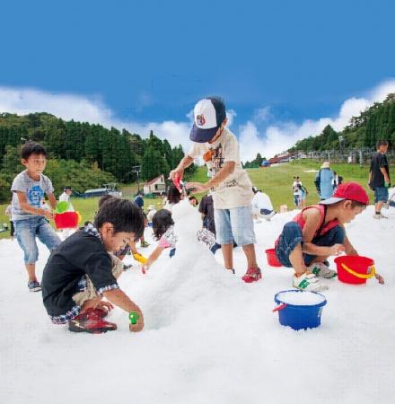 真夏の雪まつり開催時の様子