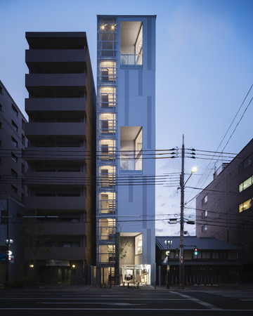 photo Tomooki Kengaku
