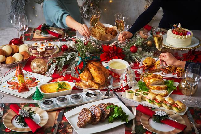クリスマスホームパーティーKITには、4名様のお料理とクリスマスケーキ、クリスマスデコレーションがセットになっている
