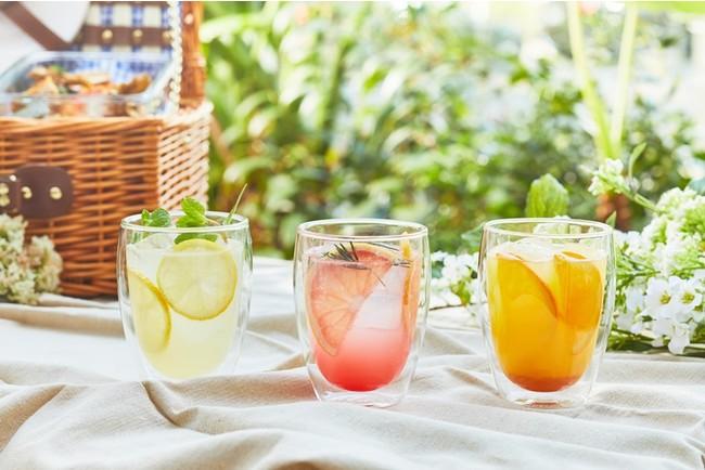 左からミント&レモネード/ピンクフレープフルーツ&ローズマリー/マンダリン&パッションフルーツ